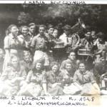 Harcerki ok. r. 1948 odgóry z druga z lewej - Drużynowa Maria Siwczyńska