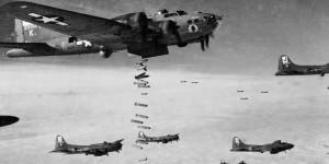 Podczas nalotu amerykańskich bombowców B-17, Joep schronił się w przyzakładowym schronie. Tylko dlatego przeżył...