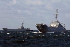Ćwiczenia okrętów 8FOW na Zat. Pomorskiej. Foto Marcin Purman (1)