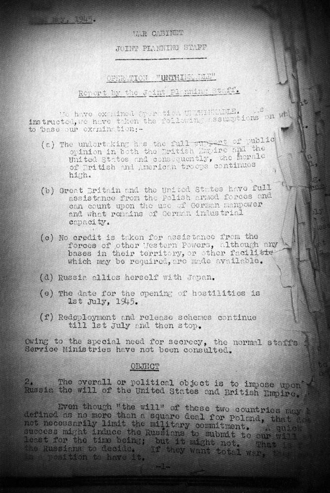 """Pierwsza strona tajnego do niedawana operatu ataku na sowietów- operacji """"Nie Do Pomyślenia"""""""
